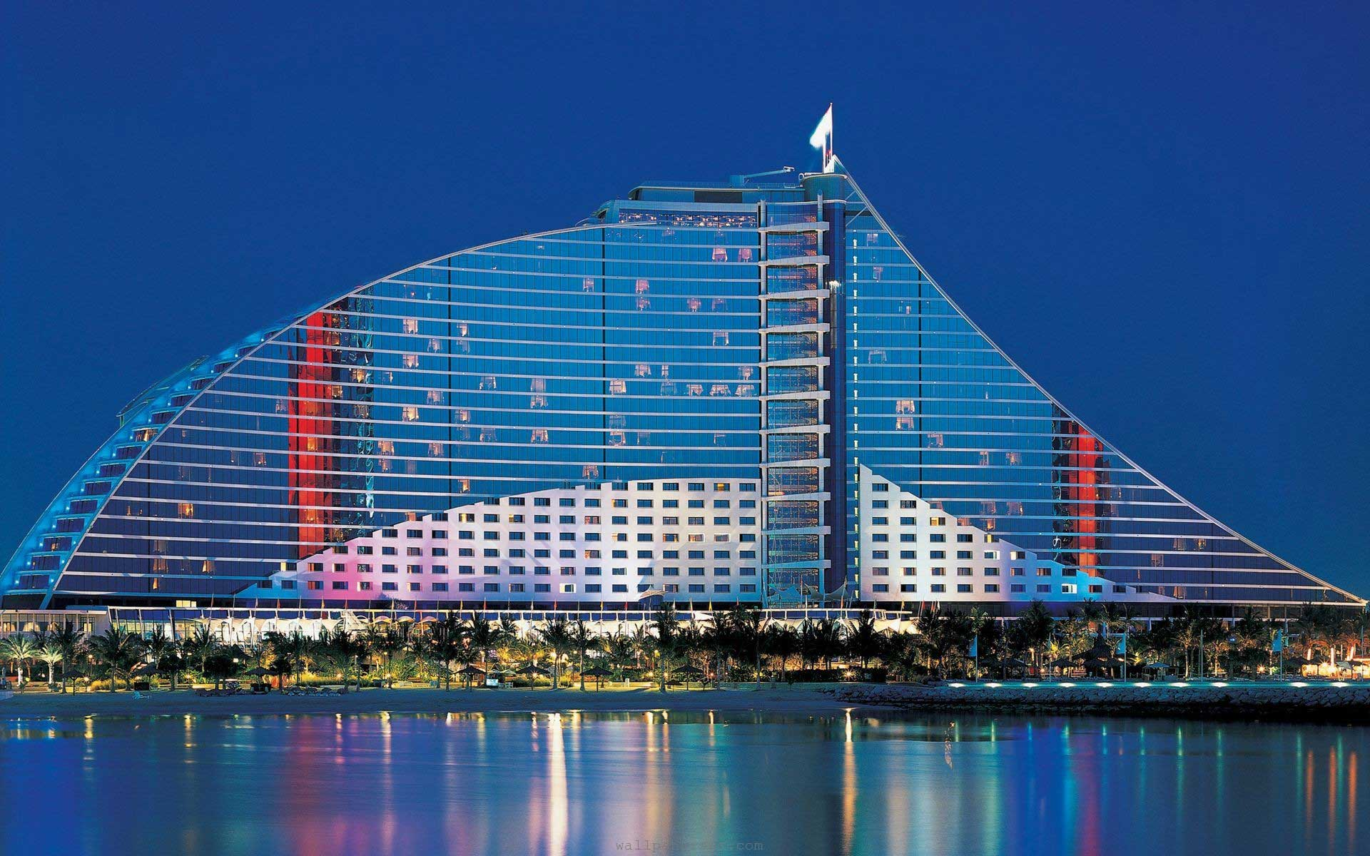 Amwaj rotana jumeirah beach dubai beach front hotel for Coolest hotels in dubai
