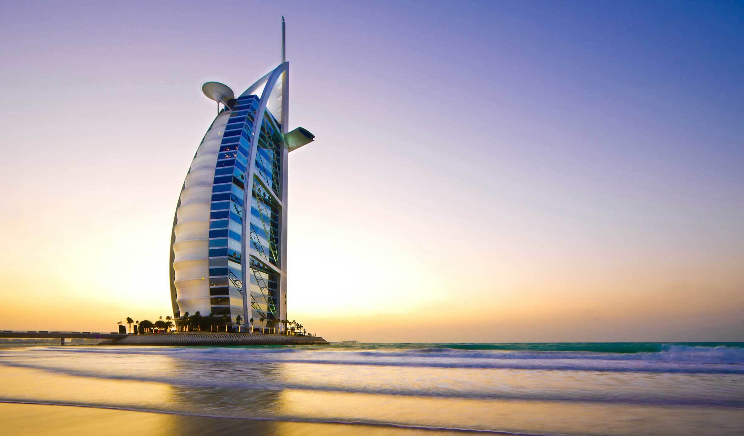 Burj al arab hotel why you should visit during your for Burj arab dubai